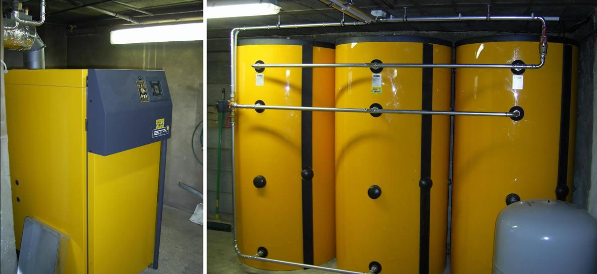 ETA SH Spezialholzvergaserkessel 30 kW mit Pelletsanschlussflansch. Zur Warmwasserbereitung dient eine Vaillant Brauchwasserwärmepumpe! [Familie Pamperl, Ziersdorf]