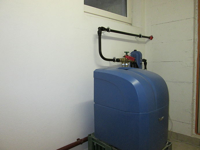 Herr Schmid Langenlois BWT Aqua LifeWasserenthärtungsanlage für perlweiches Wasser!