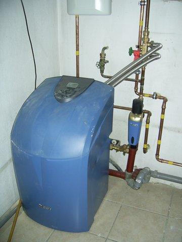 Fam. Schnötzinger BWT Auqua Perla Entkalkungsanlage für seidenweiches Wasser.